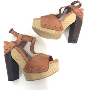 6d9cdf279768 SIXTYSEVEN ankle strap platform chunky heel sandal